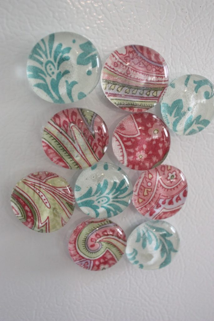 Image: Fabric Magnets